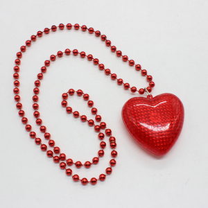 Valentines Day and Christmas Party Decoration Plastic Red Heart Led Flashing Party Necklace