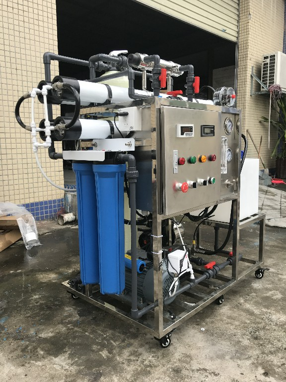 product-Ocpuritech-200lphDesalinator Brackish Seawater Sea Water Desalination Machine Ro Reverse Osm-1