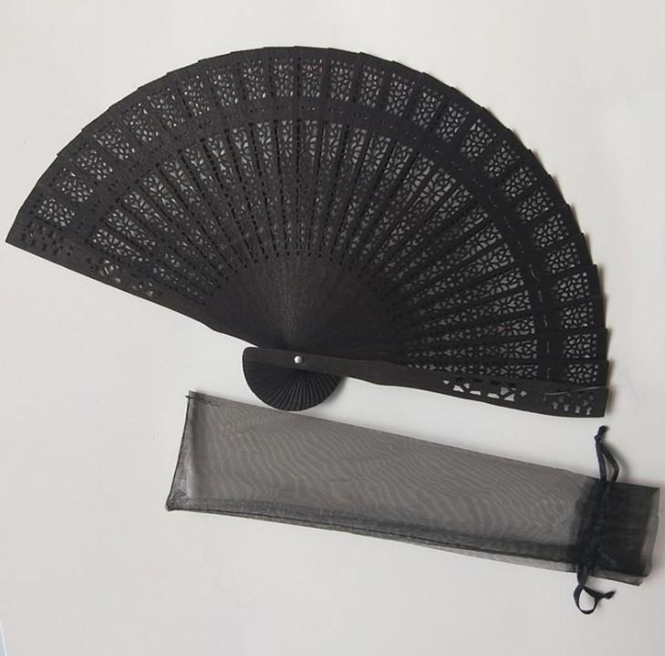 Chinesa esculpida dobrando ventilador de casamento ventilador de mão de madeira da fragrância
