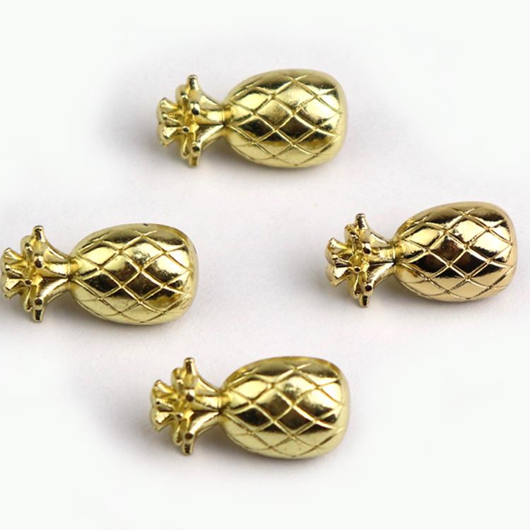 رخيصة سبيكة معدنية الذهب الأناناس شكل الخياطة عرقوب زر للأطفال ملابس