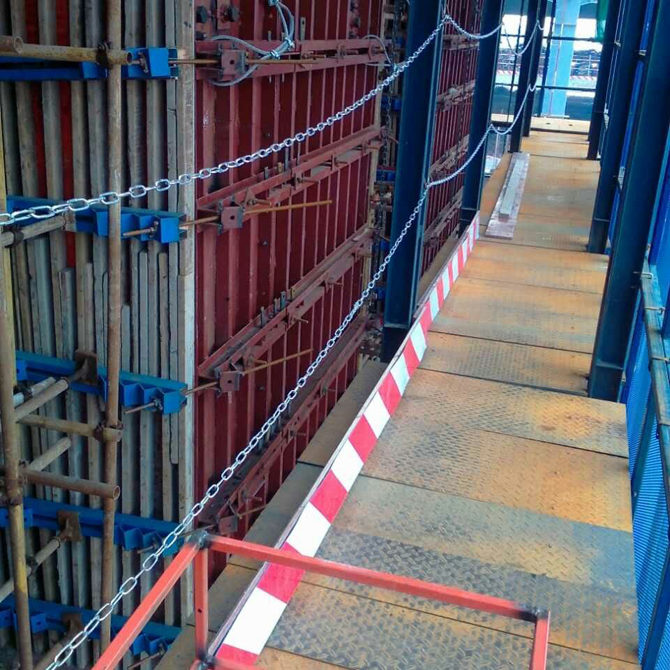 High efficiency electric Lifting elevator shaft formwork