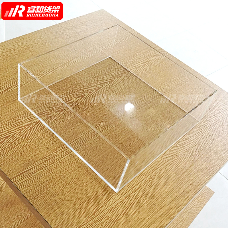 2020 China newest <strong>retail</strong> display rack Miniso display shelves cosmetic custom <strong>retail</strong> display