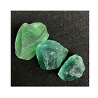 Fegnshui raw natural crystal gravel green fluorite rough tumbled healing stone
