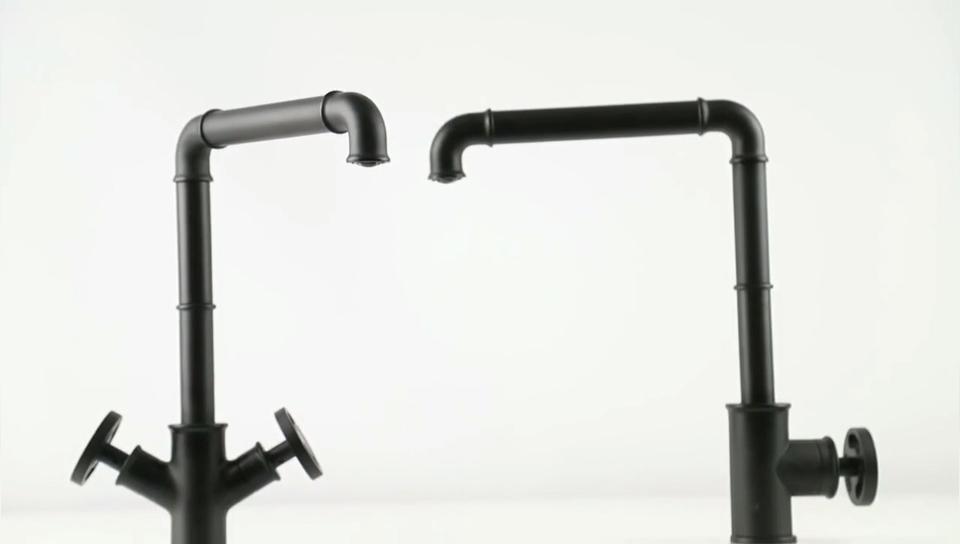 最新ソリッドブラス浴室ラウンド 4 穴真鍮水ミキサータップ蛇口サイド噴霧器