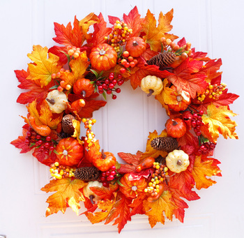 Hot sale autumn leaves decor wreath artificial garland from maple leaves
