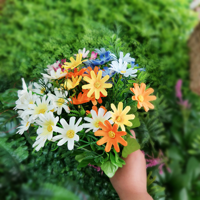 Amyhomie Artificial Flowers, Silk Daisy Flower Rose Wreath Funeral White 15 Head Flowers Bellis Perennis Artificial