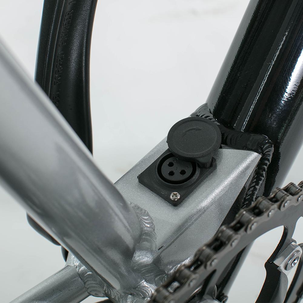 Lightness fashion Leisure 250W 10.5Ah 36V brushless 7 speed gears/ GATES belt/ Single gear 28inch/700C city electric bicycle