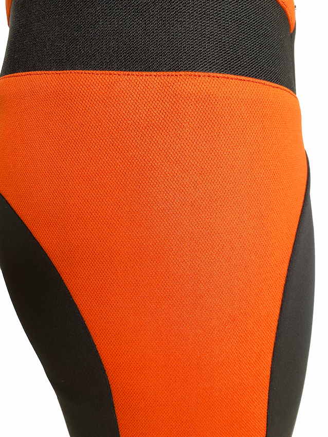 LEGGING DETAIL.png