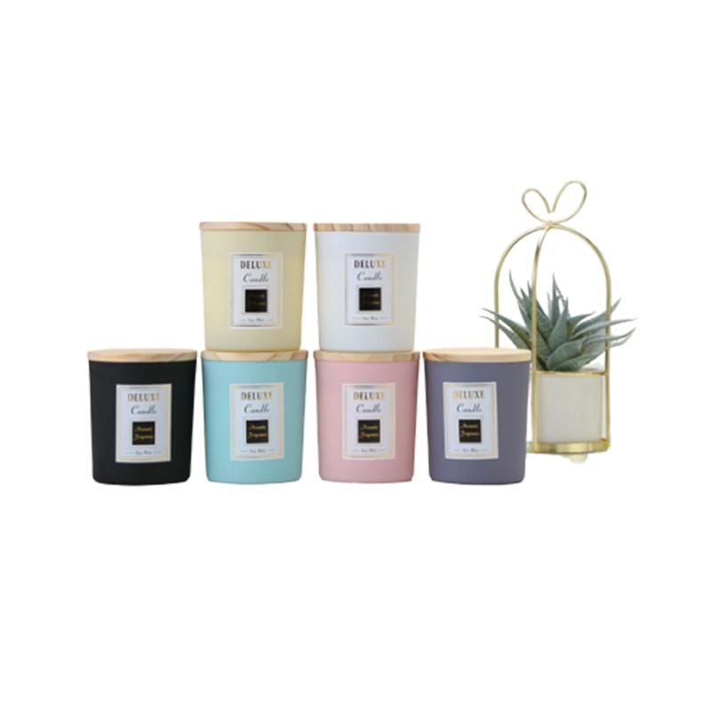 도매 럭셔리 사용자 정의 빈 Geschenk Kerzen 매트 블랙 캔들 홀더 금속 젖빛 유리 촛불 항아리 나무 뚜껑 대량