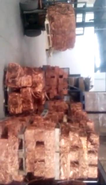 Grade AAA forte qualité de cuivre de fil de cuivre scrap 99.99% cuivre Mill-berry 99.99%