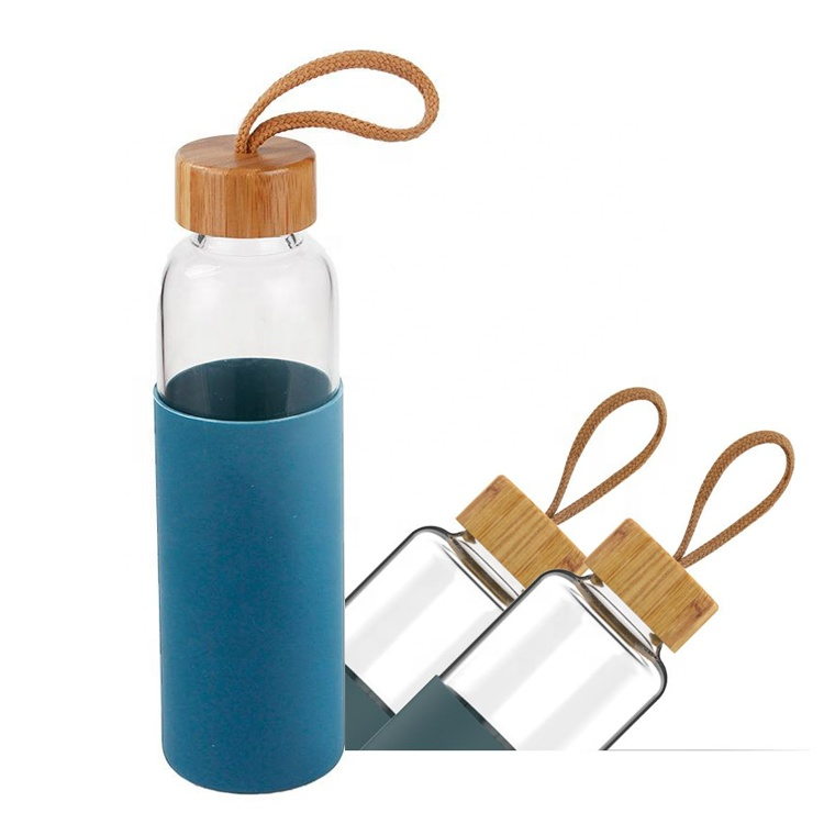 Promotional Gift Leakproof Portable Glass <strong>Bottle</strong> With Wood Bamboo Lid and Silicone Sleeve 550ML
