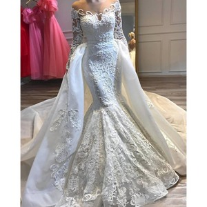 Luxurious Lace Beaded Wedding Dresses with Detachable Train Long Sleeves Sheer Neck Bridal Gowns Bride Wear Customized