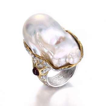 Natural Baroque Irregular Freshwater Pearl 925 Sterling Silver Finger Ring with Garnet Stone