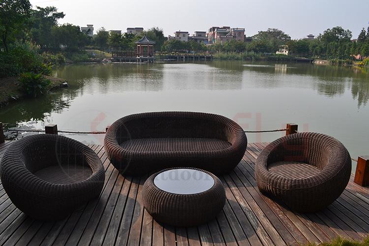 Wicker garden sofa set-2.jpg