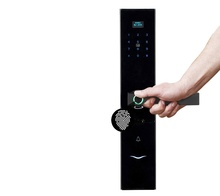 2020 Desain Modern Kontrol Smartphone Smart Elektronik <span class=keywords><strong>Kunci</strong></span> Sidik Jari Smart Door Lock