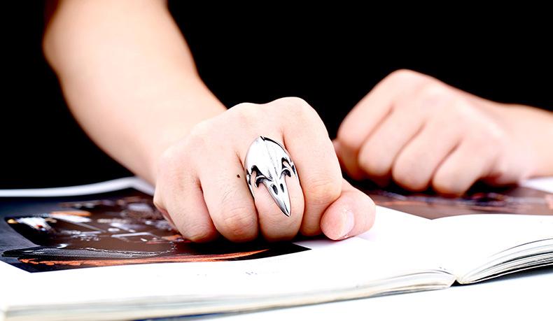 Gótico Do Punk Retro estilo stoving verniz Cravado Boca Águia Anel de dedo de Aço de Titânio para homens presente partido jóias