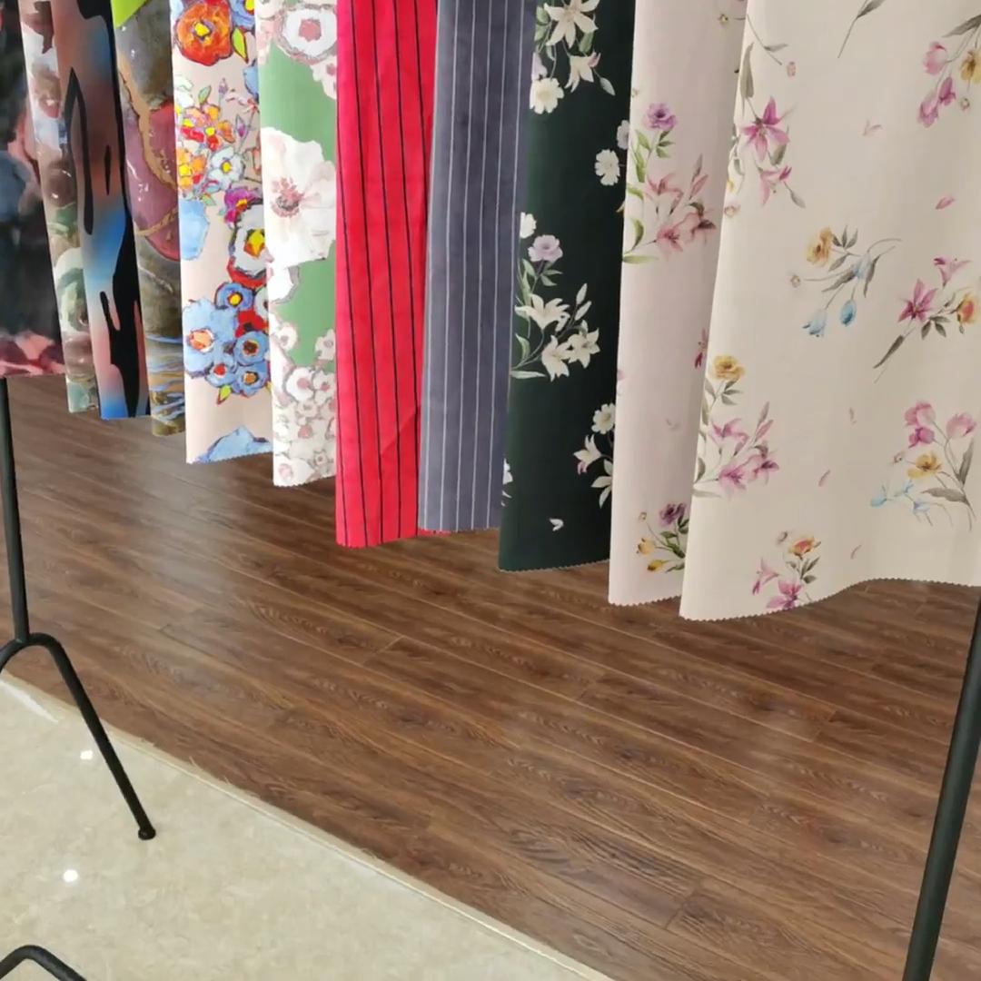 ขายAir Layer Scuba Suedeผ้าโพลีเอสเตอร์Spandexพิมพ์กระดาษถักสิ่งทอสต็อกสำหรับโซฟาเบาะผ้าเสื้อผ้า