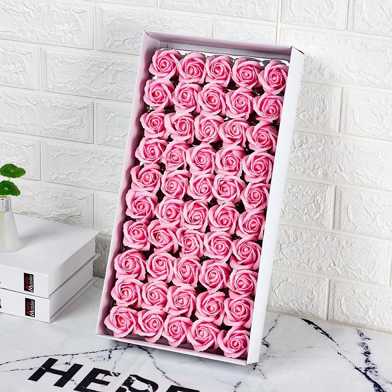 Yapay banyo çiçek kutu başına 50 adet gül sabunu çiçekler 5cm kafa köpük sabun güller düğün ve sevgililer gün