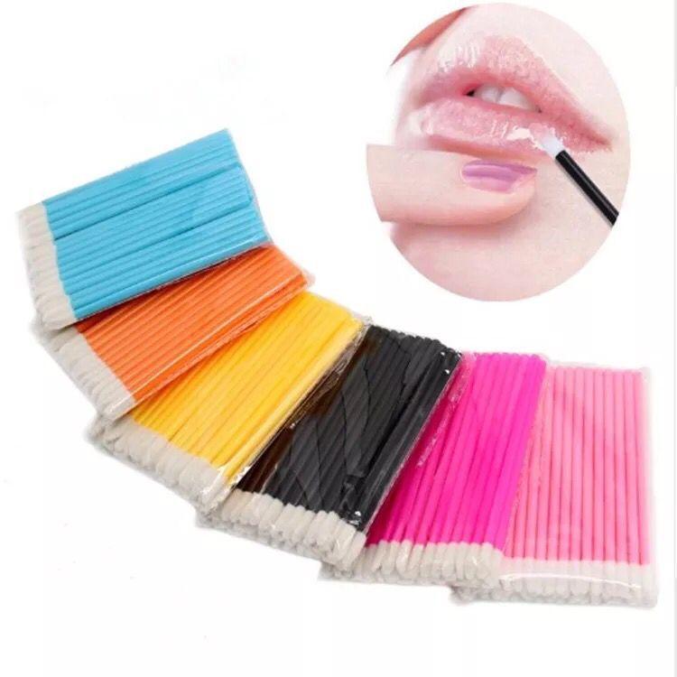 Brillant À Lèvres gratuit Baguettes poignée En Plastique Brillant À Lèvres Applicateur Lèvre baguette En gros Avec le prix bon marché