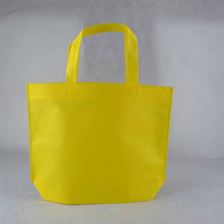 <strong>Promotional</strong> Price Recyclable Fabric Shopping Tote Carry Custom PP Non Woven Bags
