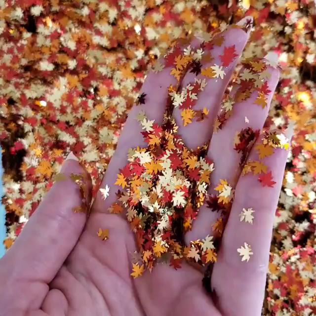 Custom Mixed bulk autumn color poly flake glitter maple leaf shapes glitter