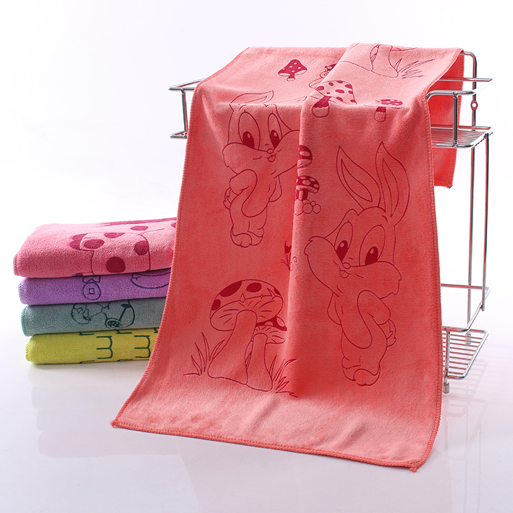China Supplier Lovely Printed Overlock Edge Baby Soft Microfiber Face Hand Washcloths