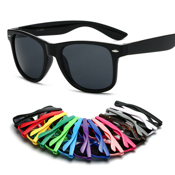 New style cheap carbon fiber colored promotional plastic black sun glasses for men and women