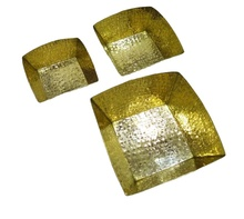 Gold Brass servindo tigela