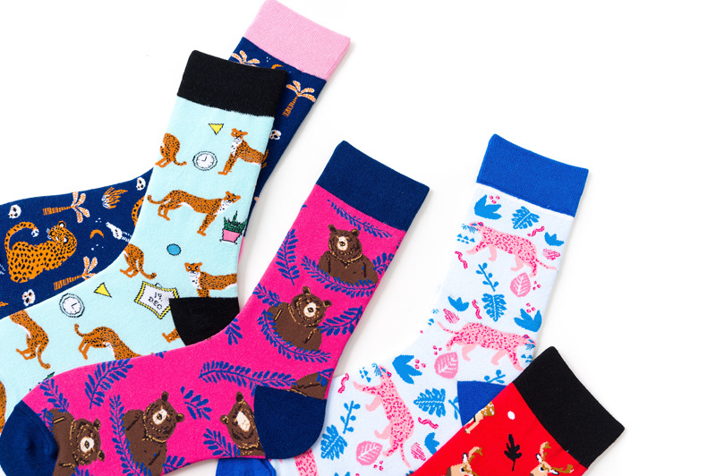 Europe and the United States animal leopard pattern socks personality fashion middle tube tide socks middle tube socks wholesale