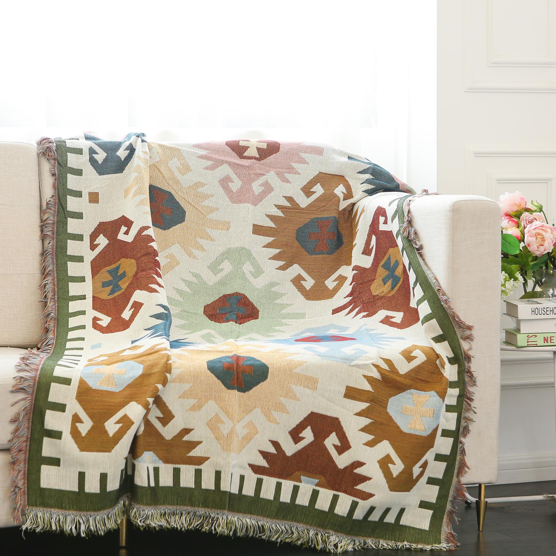 Factory Wholesale Cheap Jacquard Throw Blankets for Sofa  Throw Blanket Bohemian Rug Sofa Cover