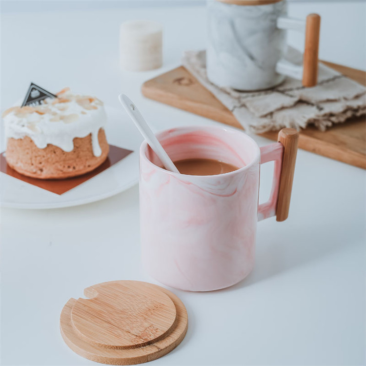 Pink color marble design wooden handle coffee cup ceramic coffee mugs