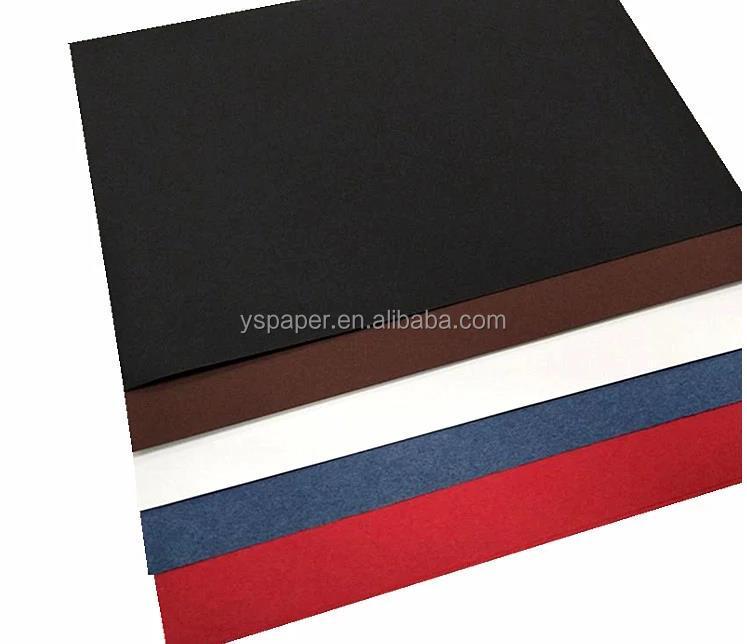 מכירה לוהטת 180gsm 300gsm 70x100cm בתולה עץ עיסה עבה שחור נייר/קרטון גיליון