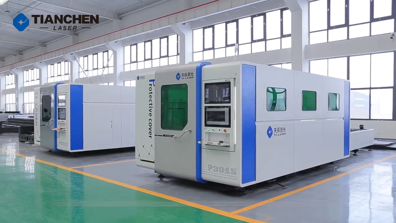 Excellent manufacturer jinan 3kw 4kw protective cover cnc fiber laser cutting machine