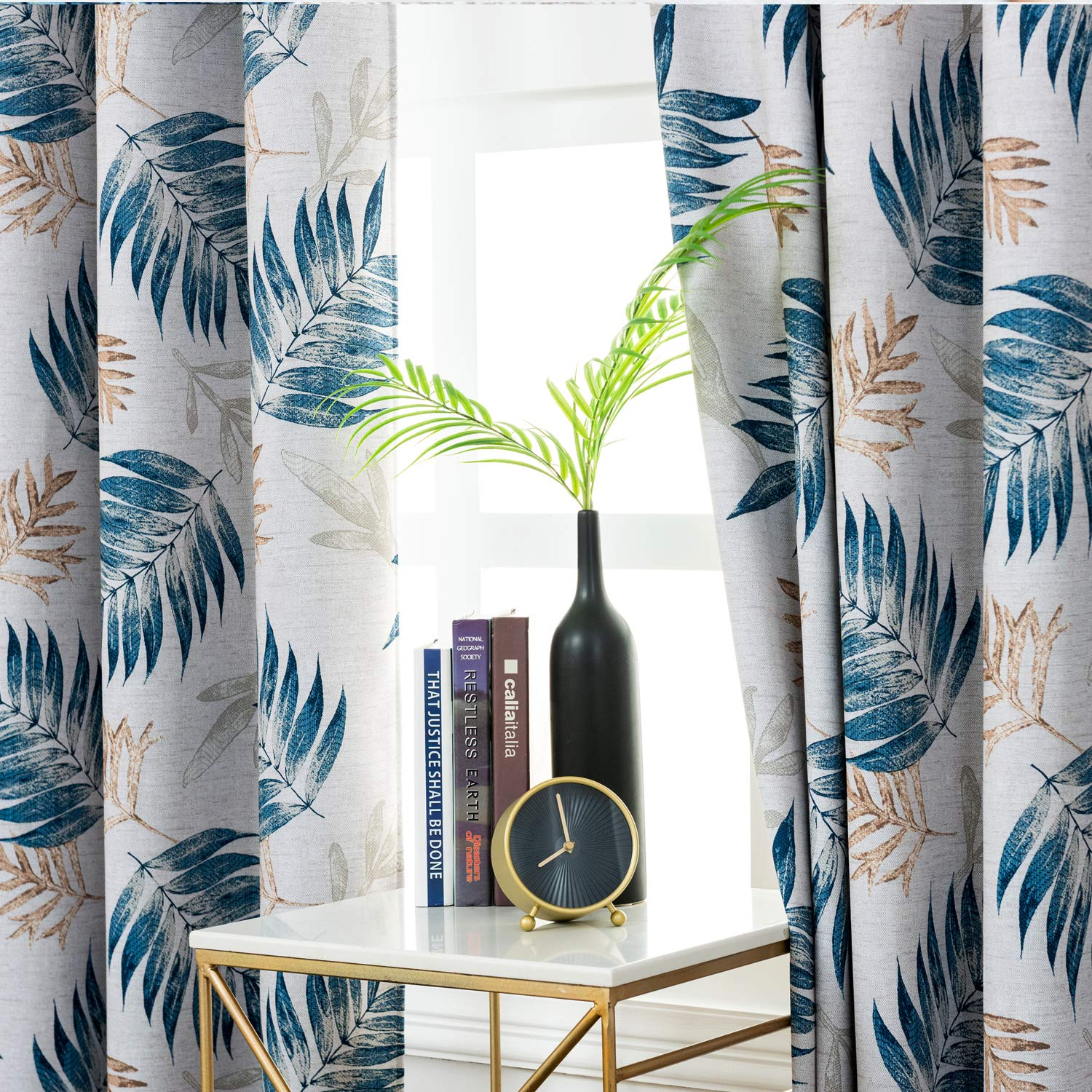 Blackout Ready Made Curtain with Tropical Plants Print Design For All Season Thermal Insulated for Living Room