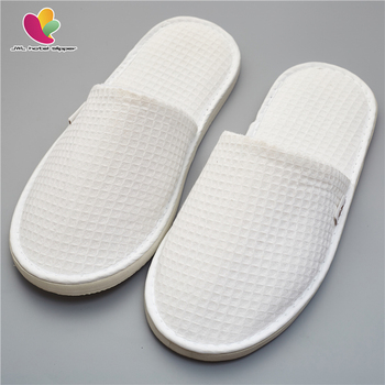 Oem Disposable Hotel Supply One Time Use Customized Logo Towel Hotel Slipper