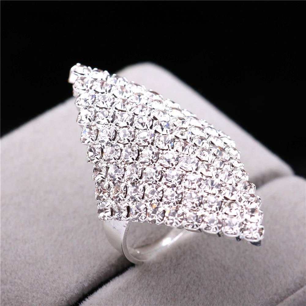 S925 स्टर्लिंग चांदी के गहने महिलाओं के लिए अतिरंजित चांदी स्फटिक हीरा ज्यामितीय कान की बाली