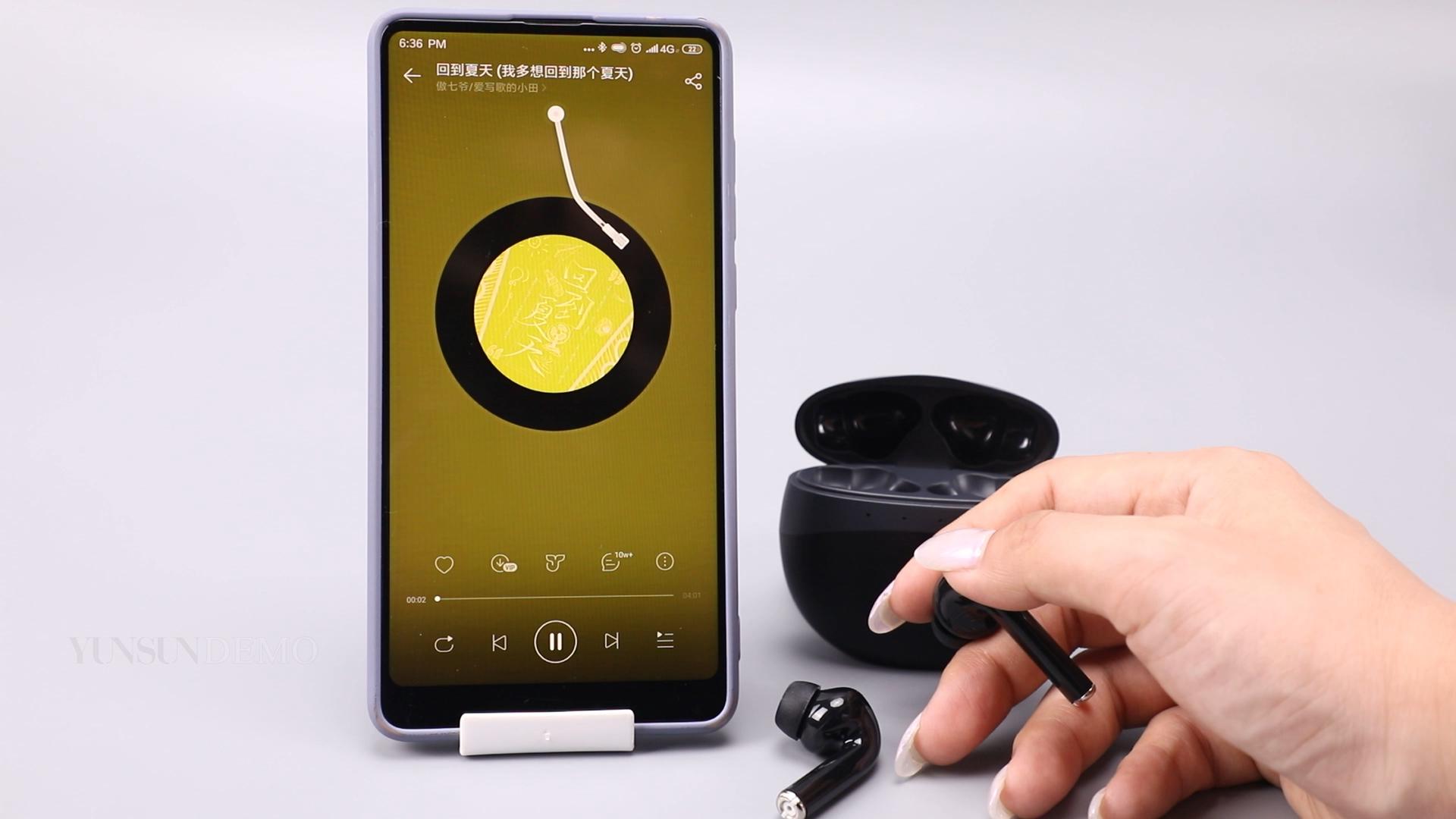 TWS kulakiçi doğrudan fabrika toptan kulaklık spor Bluetooth kulaklık için şarj kutusu ile tüm cep telefonları telefon
