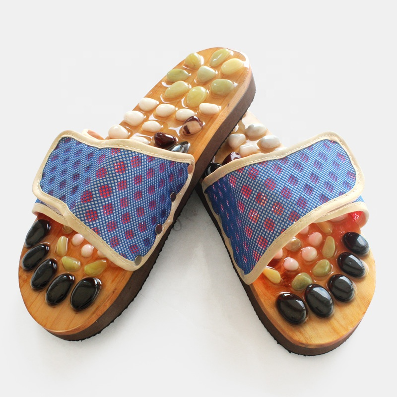Open-toe wood massage slipper foot care with stones