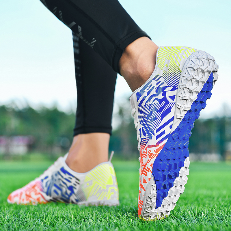 Custom Professional Outdoor Football Boots School FG Soccer Cleats training Athletic Sneakers stock wholesale football shoes