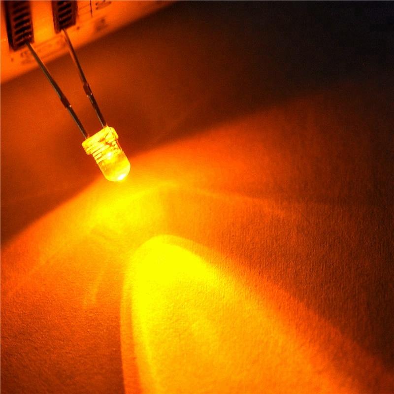 טוב מחיר אדום ירוק צהוב 1.5V 12V 1mm 3mm 5mm rgb דיודה led