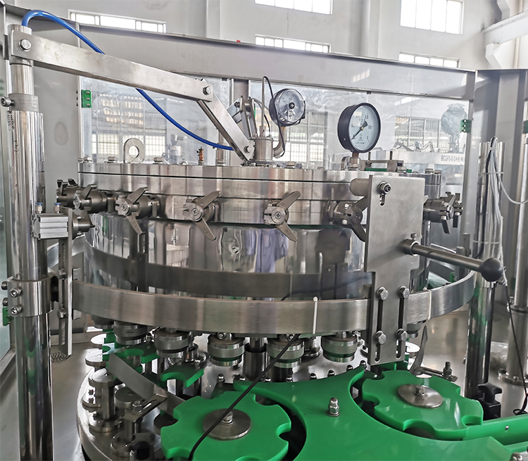 High configuration beer can filling machine,can bottling filling machine,small can filling machine