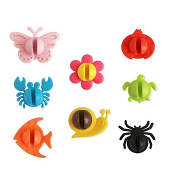 Oempromo animal plastic kids toothbrush holder bathroom