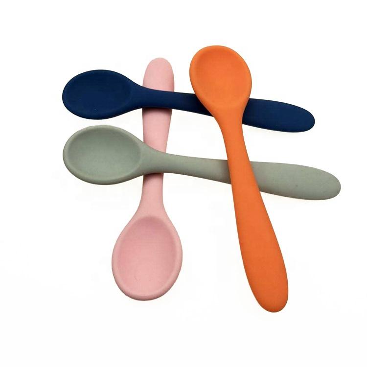 High Quality Gum Friendly Bpa Free Soft Tip Feeding Silicone Baby Spoons