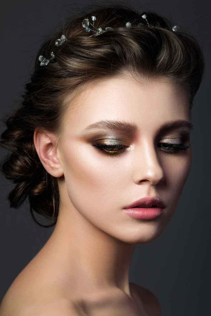 精致小脸的化妆技巧,圆脸女生一定要知道