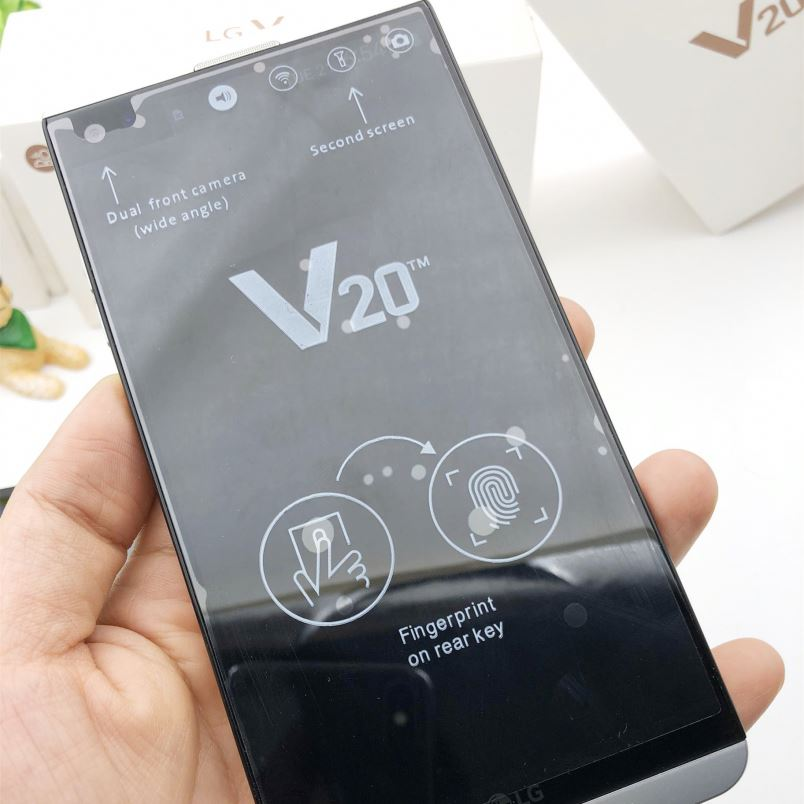 Unlocked Original 5.7 inch Android Smart Mobile Cell Phone <strong>V20</strong>