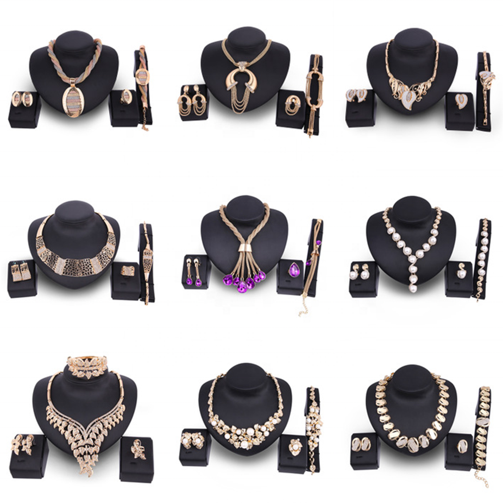 CLARMER 2020 Fashion Women Jewelry <strong>Set</strong> Saudi 18K Gold Plated Wholesales Cheap Bridal African Jewelry <strong>Set</strong>