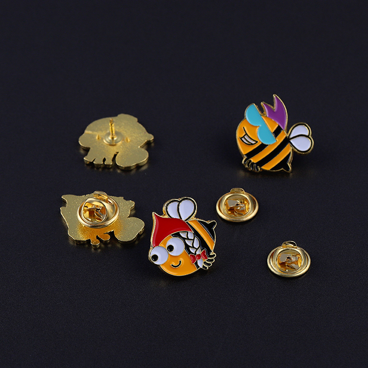 Jiabo Custom Made Cute Animal Cartoon Metal Lapel Soft Enamel Pin Metal Button Badge