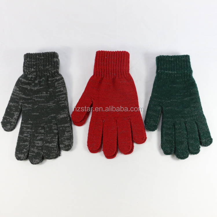 HZS-18022 Newest High reflective cheap acrylic dots winter knit gloves with reflective yarn