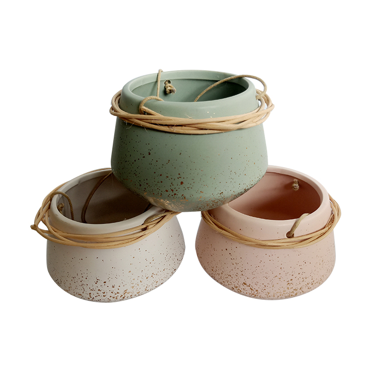 Hot Sale Home Decorations Garden Planters Hanging Ceramic Flower Pot With Bamboo Around