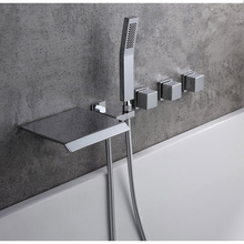 Kaiping Sanitaire Industrie 5 Gaten <span class=keywords><strong>Badkamer</strong></span> Fittings Led Veranderende Licht Waterval Bad <span class=keywords><strong>Kraan</strong></span>